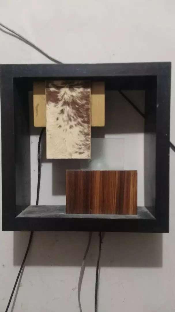 Lampu kayu antik 0