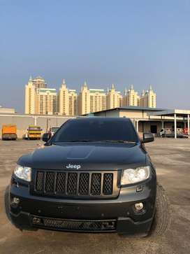 Jeep Grand Cherokee Overland 5,7 L AT 2011