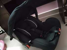 Luvlap baby carseat for sale