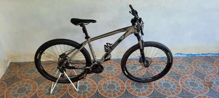 Sepeda Polygon Xtrada 6
