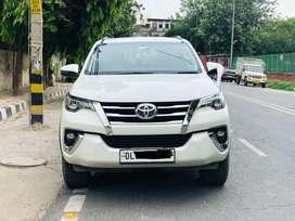 Toyota Fortuner 4x2 AT, 2018, Diesel