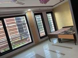 PG  Swarn Nagri Greater Noida
