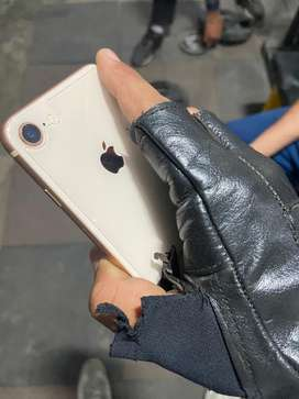 Iphone 8 64GB rose gold 2 months pld only 95% health urgent sale