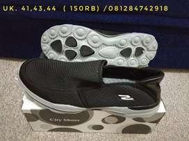 Sepatu sepatu import sale stock baru