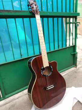 Gitar akustik elektrik apace