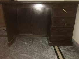 Executive table for sale