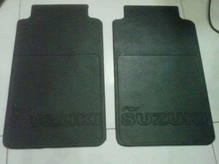 Karpet roda Suzuki jimnya
