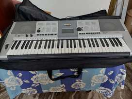 Yamaha keyboard in excellent condition for sale