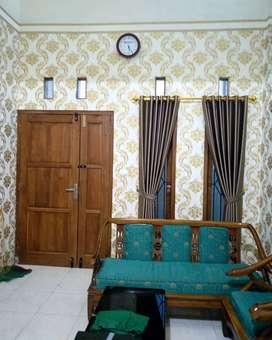 Gagah terlihat dekor gorden tirai wallpaper minimalis