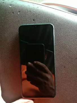 7 month use 4gb ram 64gb internal scrachless mobile