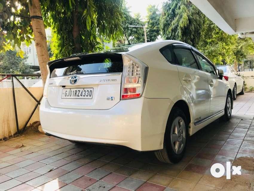 Toyota Prius 1.8 Z5, 2017, Petrol 0