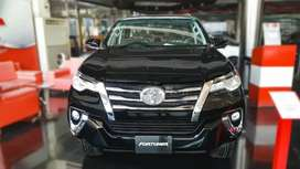 Toyota fortuner sigma black colour