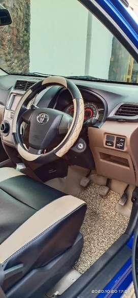 Di jual mobil avanza,warba birubmetalik,ada tv,sensor mundur,manual