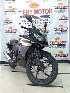 Honda CBR 150 black 2015