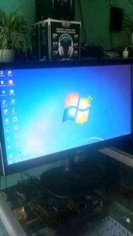 Monitor LED 20IN LG 1600x900 Buat Komputer