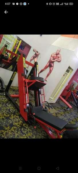 leg press machine gym