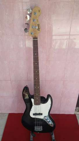 Bass Squier California series