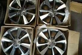 Elite i20 Orignal Alloy wheels with brand new Tyre 25000