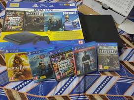 PS4 slim 14 month old with bill box 5 game cd