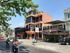Gedung Ex Kantor Di Soekarno Hatta Malang