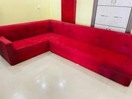 7 seater L shaped Sofa just 2 years old with slepwell foam