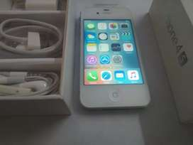 IPhone 4s 32GB encashed