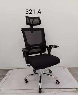 Kursi Kerja Kantor Fiesta DT-321A Warna Hitam