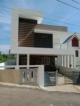 5 cent 2400 sqft 4 bhk new build house at kalamassery near cussatt