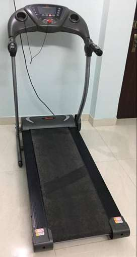 Motorised Treadmill 1.5 hp for home on sale in Lalpur