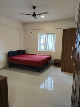 Bachelor's room available @4,999