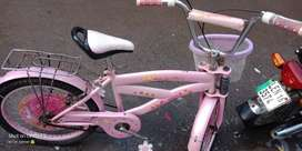 I have want to sale Girl bicycle