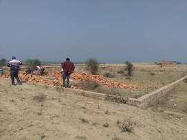 Free Hold Plots ( Near Sangam Area n proposed Ganga bridge)