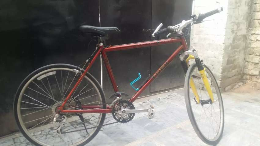 Imported bicycle In Excellent condition Read Ad 0