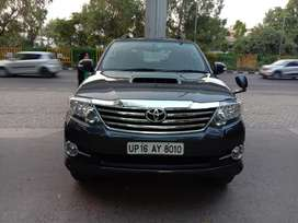 Toyota Fortuner 4x2 AT, 2015, Diesel