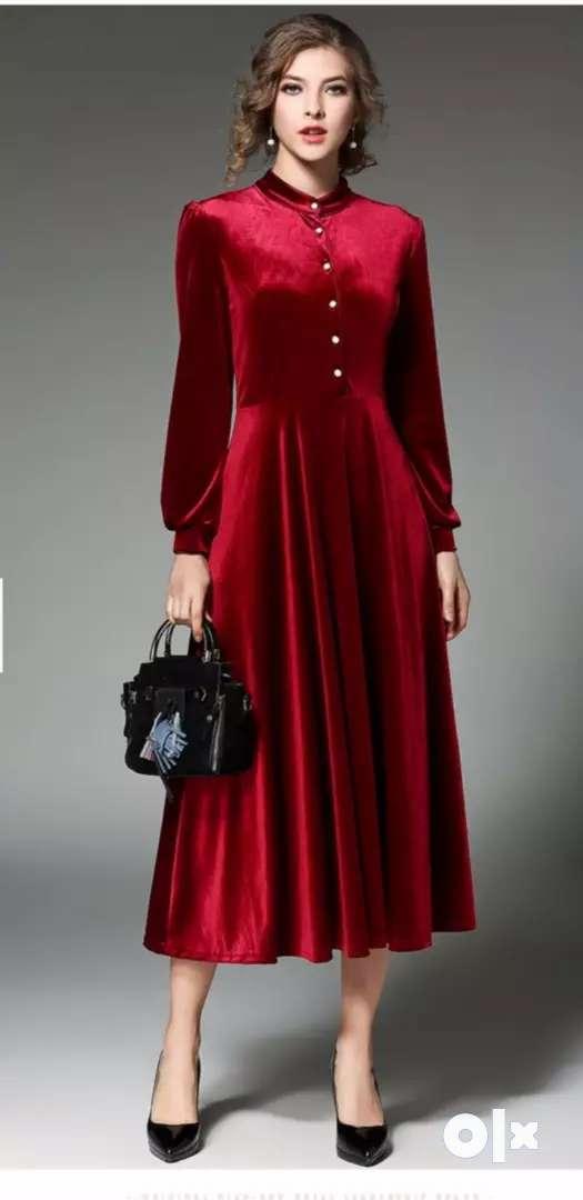 Red velvet dress 0
