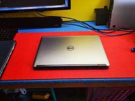"""UltraBOOK - Slim Dell 7440 - 4th GEN Core i7 - 8GB RAM - 14"""" Full HD"""