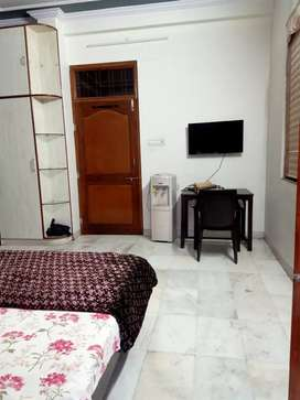 1 room WITHOUT KITHEN at chitrakoot, vaishali nagar