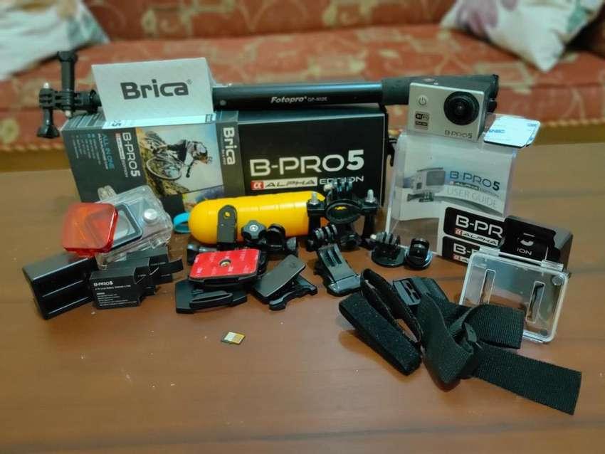 Kamera BRICA wifi, full ascessories 0