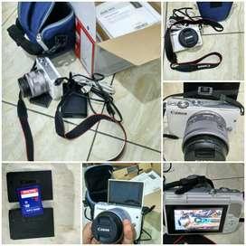 Camera Mirrorless Canon M10