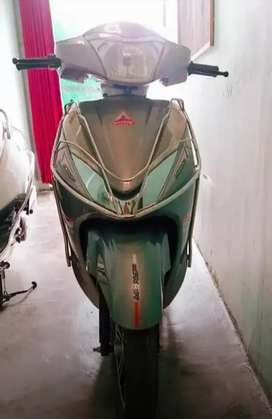 Electric Scooty -- Amphere Magnus 60 { Made in india}