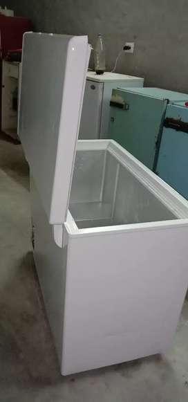 Deep freezer celfrost 300