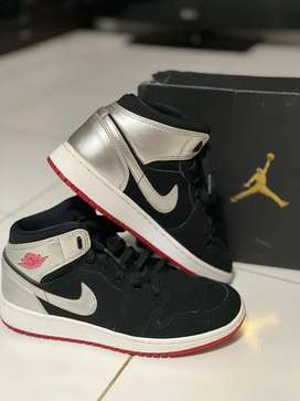 Air Jordan 1 MID (GS) for Kids Original Size EUR 38,5