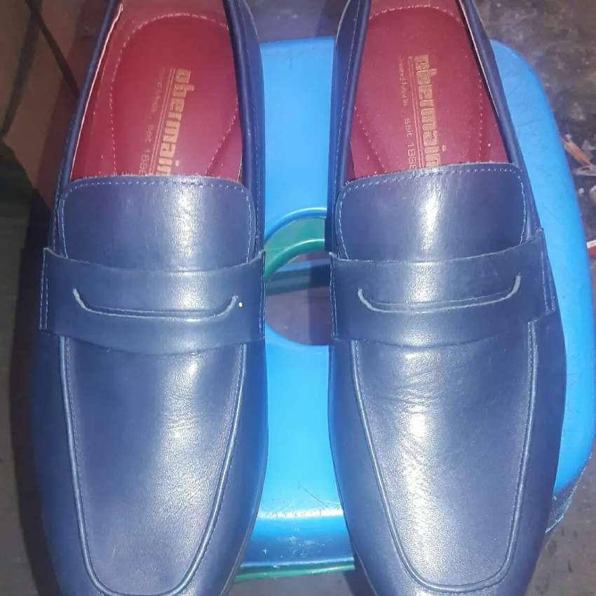 sepatu casual klasik kulit obermain