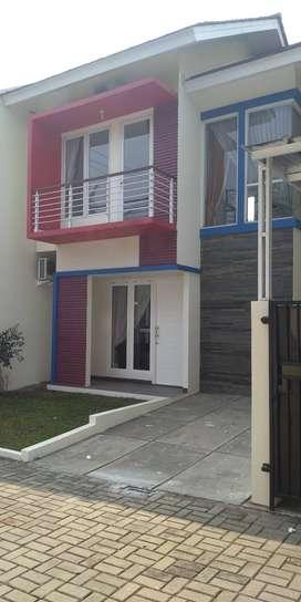 Rumah Baru Ready 825 Juta Cluster Exclusive 2 Lantai  Di Pamulang