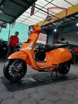 Vespa Sprint 150 th 2016 Orange Warna Terfavorit William Mustika