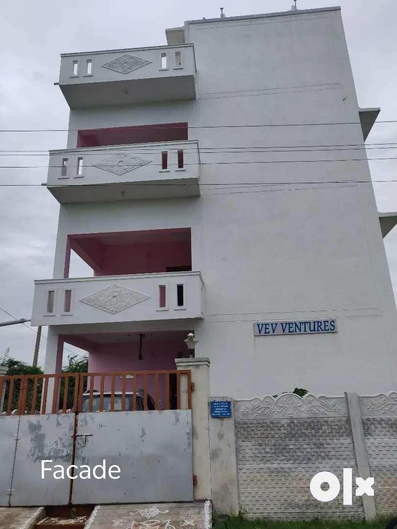 Independent G+2 floor building 0