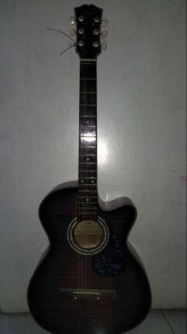 gitar yamaha pemakaian pribadi