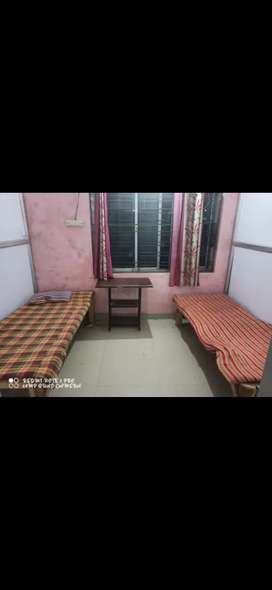 Vacant Room for Girls