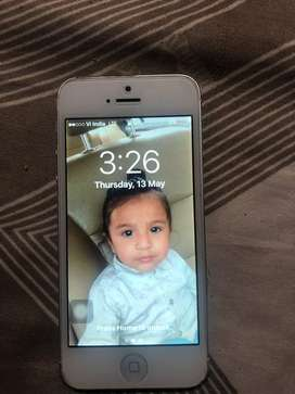 Iphone 5 in good condition button problem