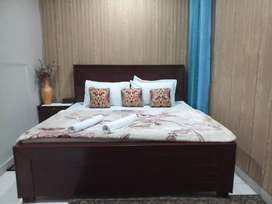 HOTEL executive room 2999 & Night 3900 & luxury bed rooms weekly 18000